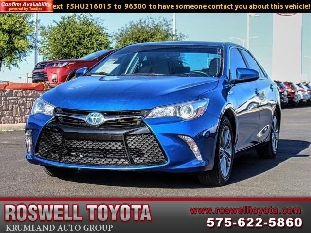 Pre Owned 2017 Toyota Camry Hybrid Se